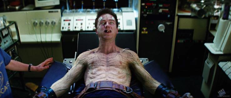 13783d1432640418-bruce-banner-s-edward-norton-hero-chest-restrait-incredible-hulk-movie-screencaps-com-9217