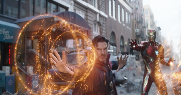 doctor-strange-and-iron-man-in-avengers-infinity-war-p0