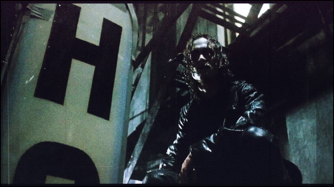 The Corvid Review - The Crow - 100 - 24 years - q6bYYxB